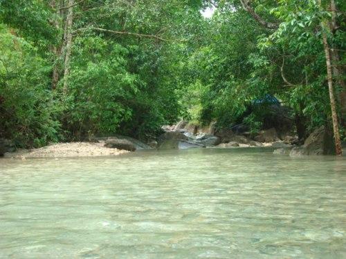 น้ำแร่ธรรมชาติ พรรัง มีทั้งน้ำเย็น น้ำร้��นตามธรรมชาติ